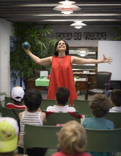 Feria del libro. Biblioteca Eugeni Frías.Foto Violeta Rodríguez